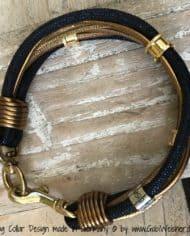 luxus-hundehalsband-exklusiv-mit-ohr-tunnel-leder-blau-gold-2