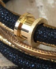 luxus-hundehalsband-exklusiv-mit-ohr-tunnel-leder-blau-gold-4