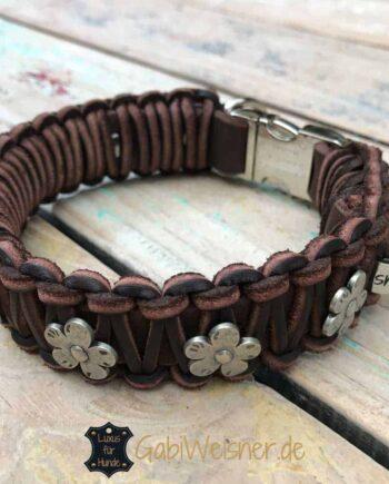 Hundehalsband Leder 3 cm breit mit Klickverschluss und Blumen