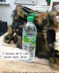 4-flaschen-mit-15-liter-passen-locker-darein