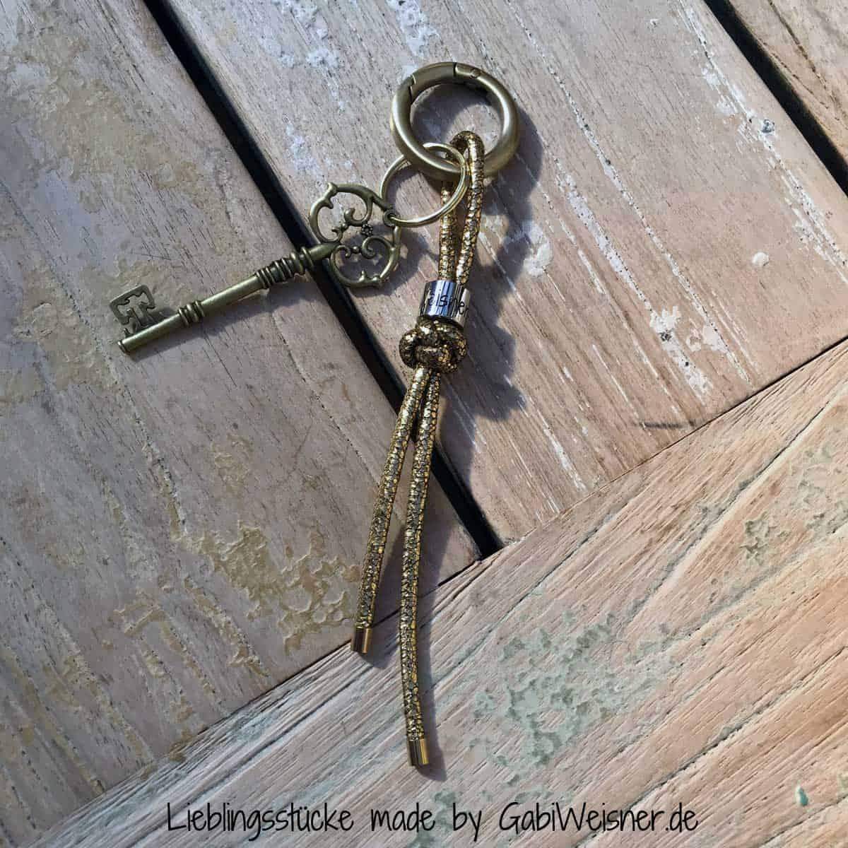 Luxus Schlüsselanhänger in Gold