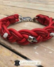 hundehalsband-leder-rot-geflochten-skull-strass