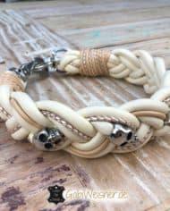 Hundehalsband-Leder-5-cm-breit-geflochten.-Das-Lederbandin-den-Farben-Elfenbein,-Beige,-und-Perlmutt-1