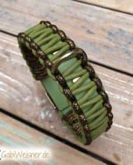 Hundehalsband-Leder-in-Grün-Gold-3-cm-1
