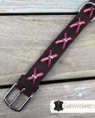 hundehalsband-fettleder-mit-kreuzen-rosa