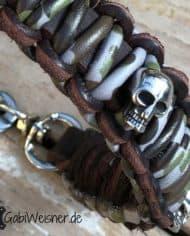 Hundehalsband-Camouflage-Leder-MIX-mit-Skull-dekoriert
