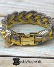 Mini-Hundehalsband-3-cm-breit-Leder-in-Gelb-Gold-Leoprint,-dekoriert-mit-3-Strassperlen-und-kombiniert-mit-Klickverschluss-in-Goldfarben_3