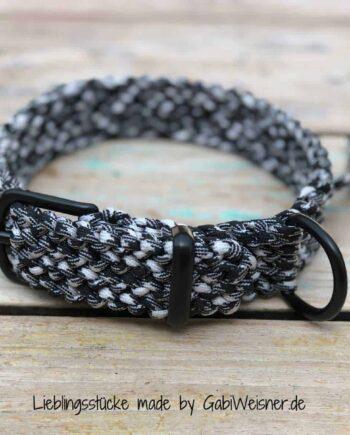 Paracord Hundehalsband 3 cm breit, Schwarz/Weiß und stufenlos verstellbar