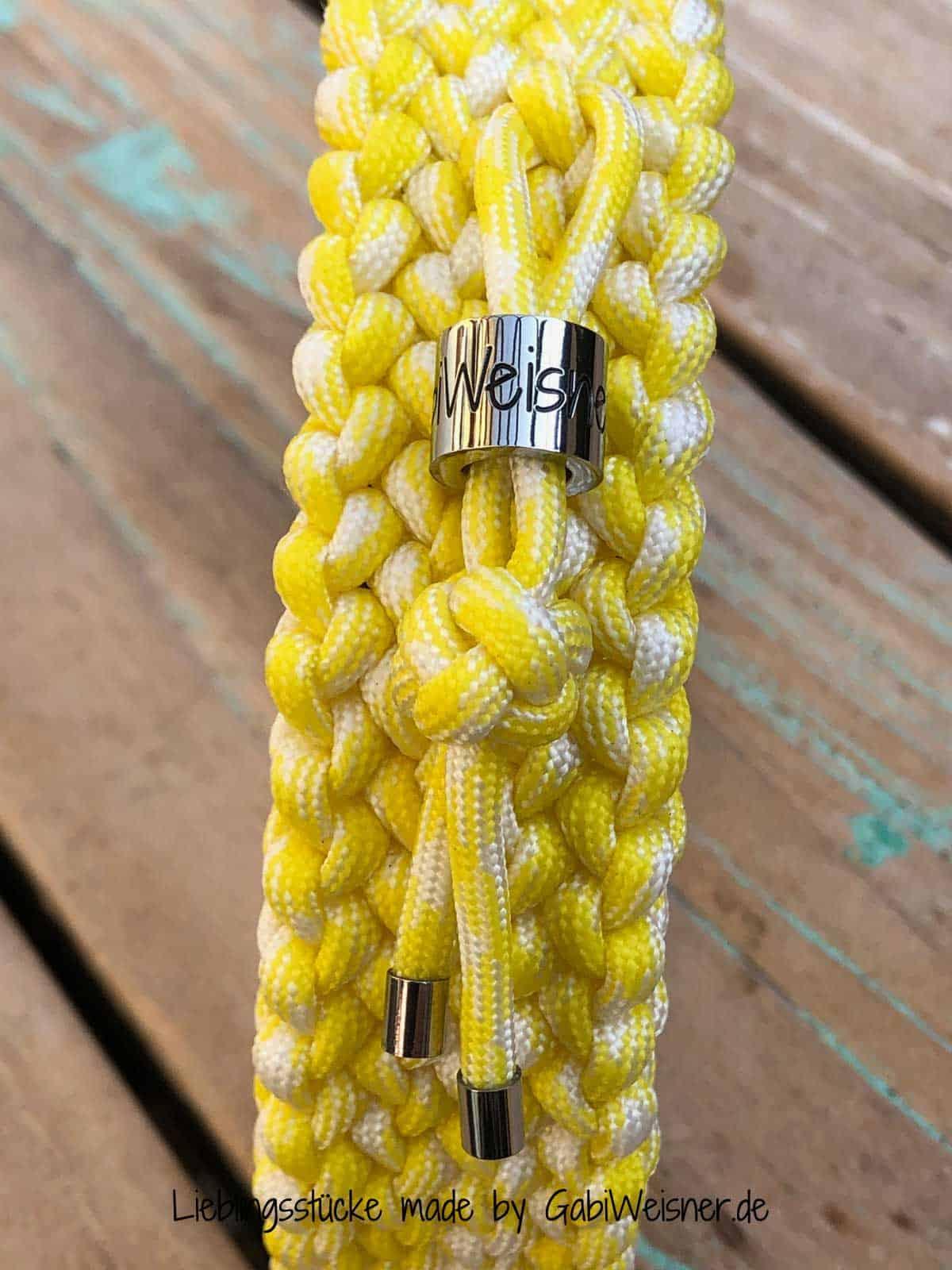 Paracord Hundehalsband 3 cm breit, Gelb/Weiß und stufenlos verstellbar