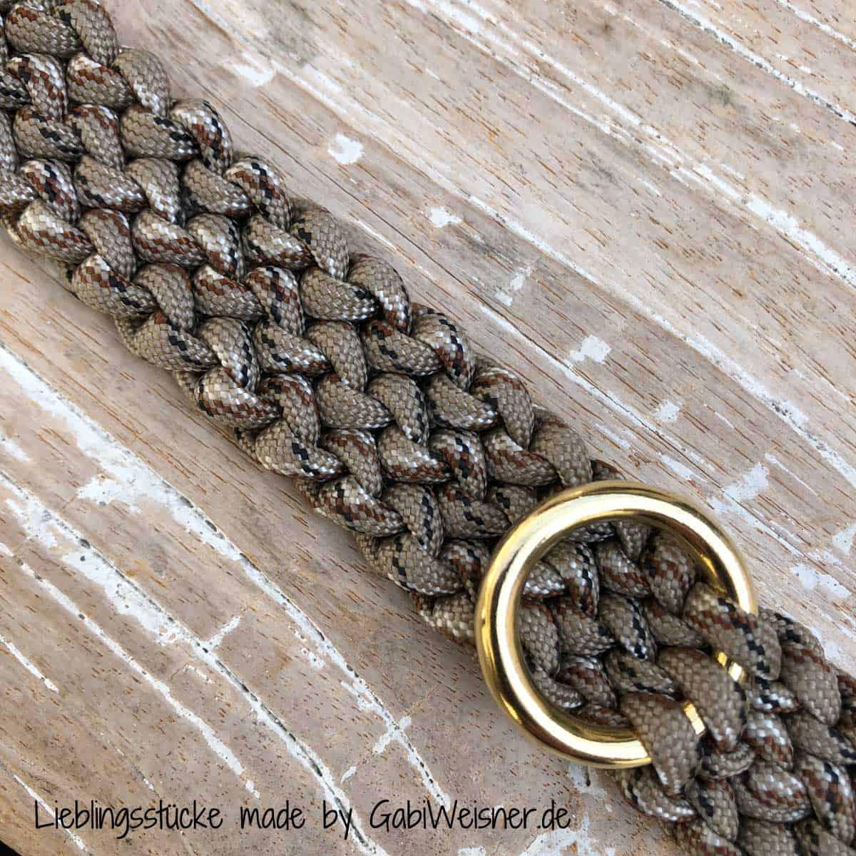 Hundehalsband mit Klickverschluss 2 cm breit geknotet