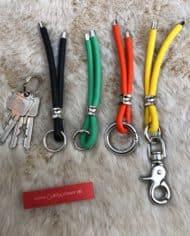 Schlüsselband-mit-Ohr-Tunnel-Leder-in-jeder-Farbe