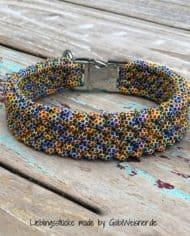 Hundehalsband-mit-Klickverschluss-in-silberfarben-1