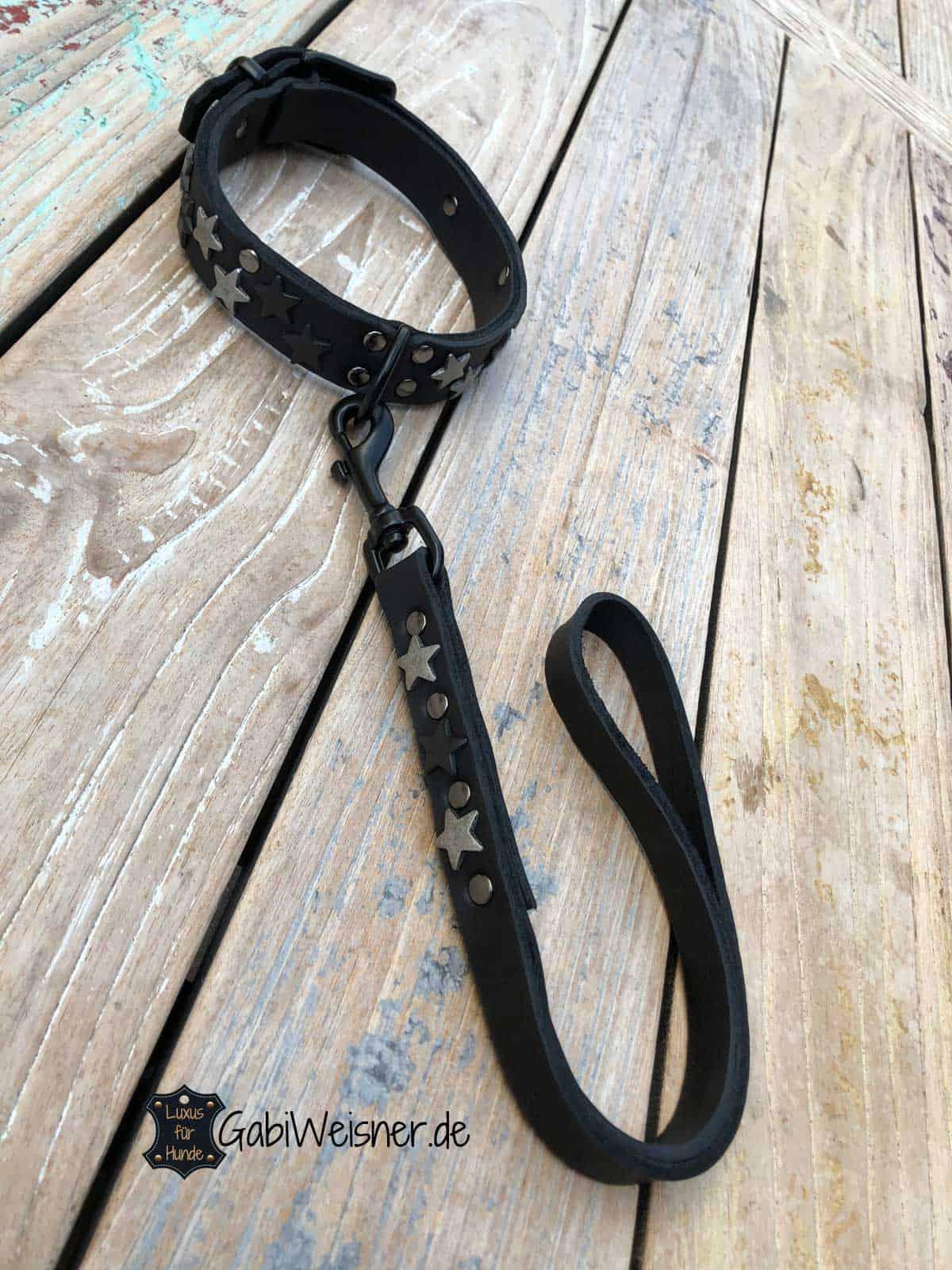 Kurze Leine und Halsband für große Hunde. Leder in Schwarz