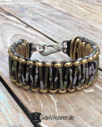 Hundehalsband Leder 4 cm breit. Camouflage mit Goldrand.