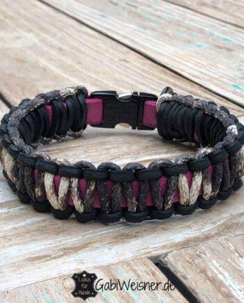 Hundehalsband aus Leder, 25 mm breit, Schlangenleder-Prägung auf Pink