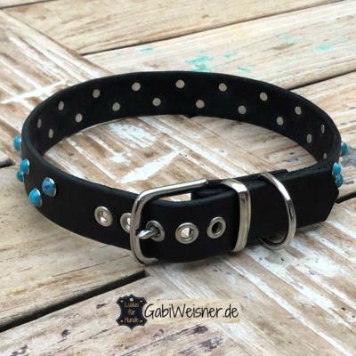 Lederhalsband-Nieten-Türkis-Leder-3-cm-breit-Beispiel-55-cm